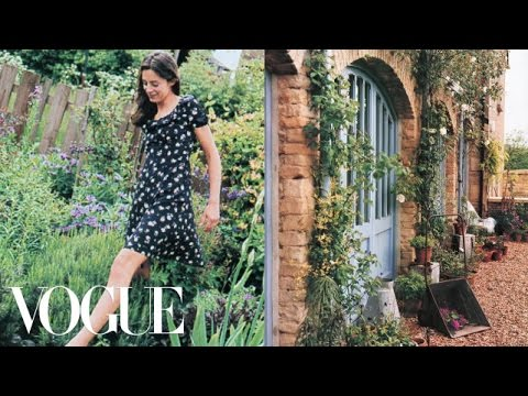 Natural Landscape Design Ideas – Miranda's Garden – Vogue