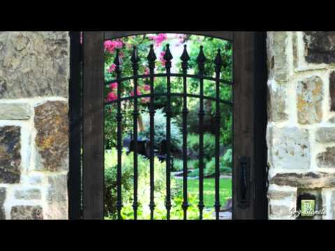 Secret Garden Entrance Ideas