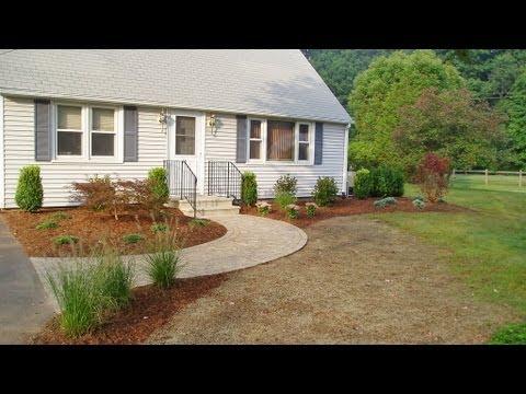 Newtown CT Landscape Designer | Front Yard Landscape Design Ideas | Cape Landscaping Ideas